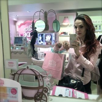 De compras en Etude House (Maquillaje Coreano en Harajuku)